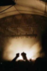 حرة شعر أسود وخشب الأبنوس صور